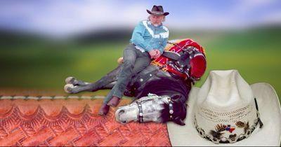 Dieser Mann ist der einzig wahre Pferdeflüsterer!