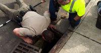 Dramatische Rettungsaktion: Sie hörten Schreie aus der Kanalisation!