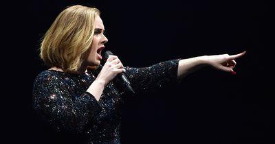 Wegen diesem Tier rastet Superstar Adele auf der Bühne aus