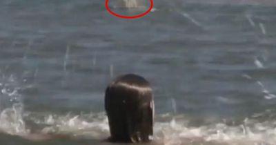 Sie drohte im Meer zu ertrinken